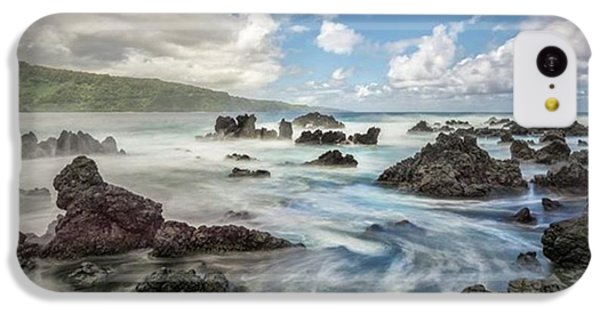 iPhone 5c Case - This Photograph Was Captured On The by Jon Glaser