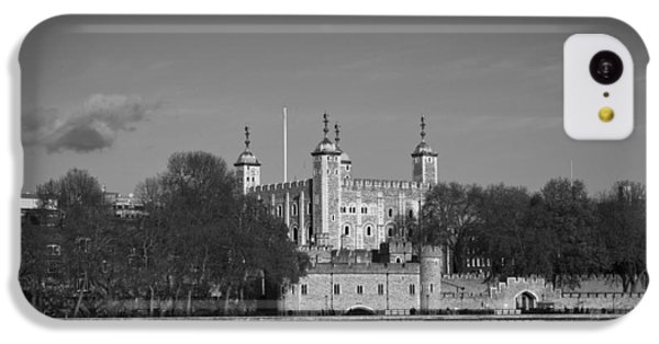 Tower Of London Riverside IPhone 5c Case by Gary Eason