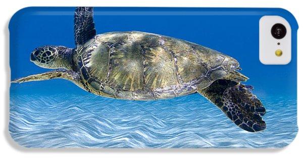 Turtle Flight -  Part 2 Of 3  IPhone 5c Case by Sean Davey