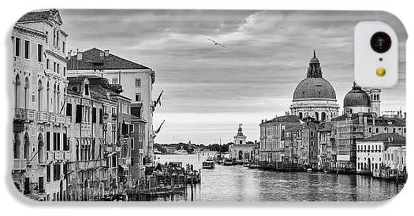 IPhone 5c Case featuring the photograph Venice Morning by Richard Goodrich