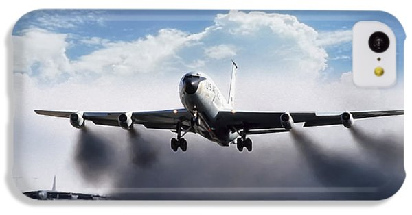 Airplane iPhone 5c Case - Wet Takeoff Kc-135 by Peter Chilelli