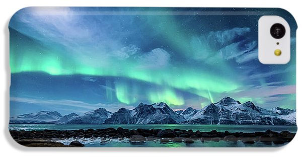 Landscape iPhone 5c Case - When The Moon Shines by Tor-Ivar Naess