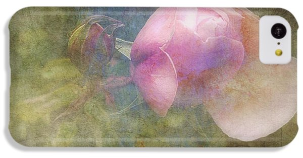 Floral iPhone 5c Case - Constant Gardener  by Paul Lovering