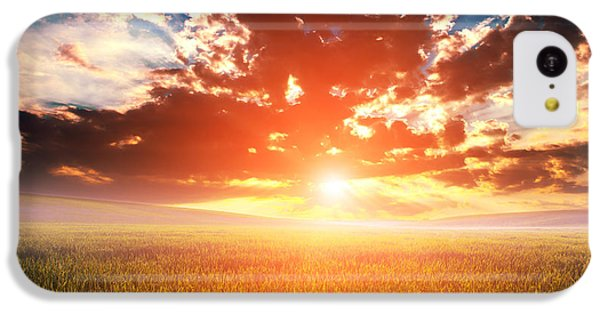Beautiful Sunrise iPhone 5c Case - Green Field And Beautiful Sunset by Ruslan Ivantsov