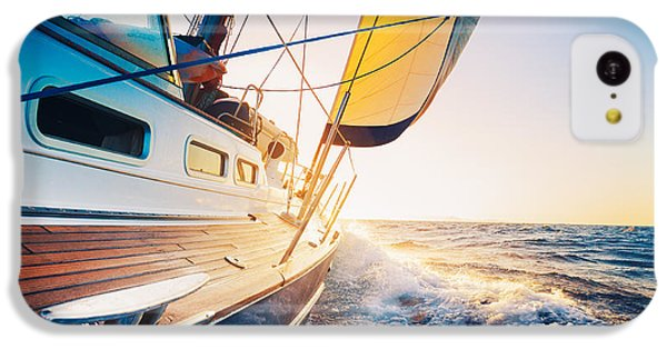 Navigation iPhone 5c Case - Sailing Into The Sunset by Epicstockmedia
