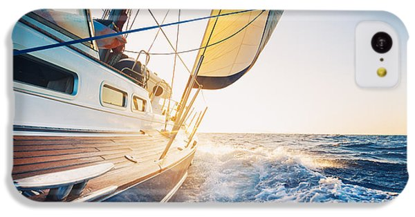 Navigation iPhone 5c Case - Sailing To The Sunrise by Epicstockmedia