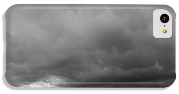 Nebraskasc iPhone 5c Case - Storm Chasin In Nader Alley 009 by NebraskaSC