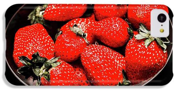 Fruit Bowl iPhone 5c Case - Strawberry Cocktail by Jorgo Photography - Wall Art Gallery