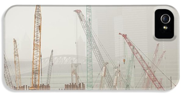 Hong Kong iPhone 5s Case - A Construction Site In Hong Kong by Ashley Cooper