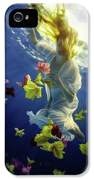Flow iPhone 5s Case - Flower Fantasy by Dmitry Laudin