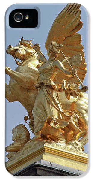 Pegasus Statue At The Pont Alexander IPhone 5s Case by William Sutton