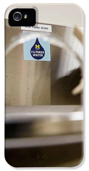 Drinking Water Filtration Sign IPhone 5s Case by Jim West