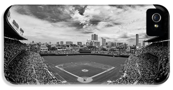 Wrigley Field  IPhone 5s Case by Greg Wyatt