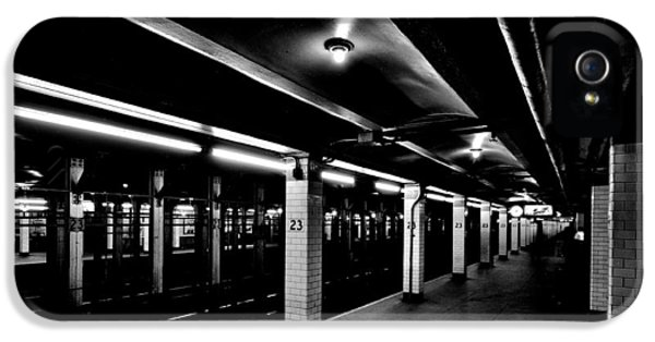 23rd Street Station IPhone 5s Case by Benjamin Yeager