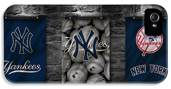 Professional Baseball Teams iPhone 5s Case - New York Yankees by Joe Hamilton