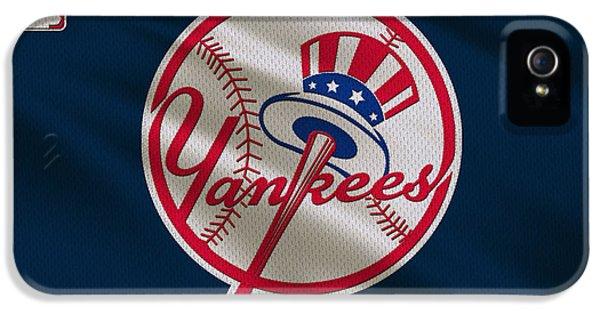 New York Yankees Uniform IPhone 5s Case by Joe Hamilton