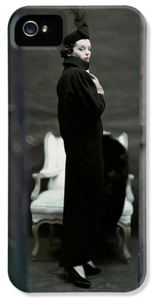 A Model Wearing An Adele Simpsons Ensemble IPhone 5s Case by John Rawlings