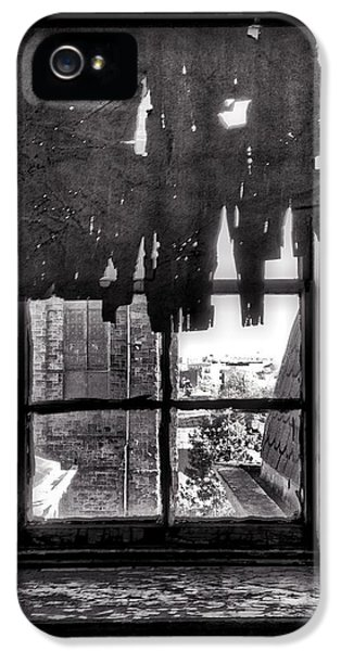 Abandoned Window IPhone 5s Case by H James Hoff