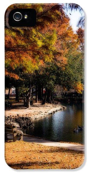 Autumn On Theta IPhone 5s Case by Lana Trussell