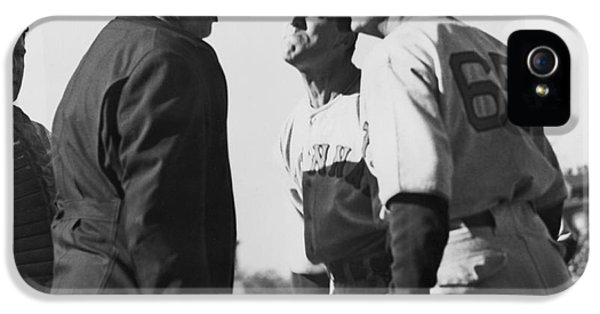 Baseball Umpire Dispute IPhone 5s Case by Underwood Archives
