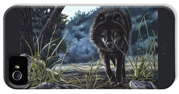 Black Wolf Hunting IPhone 5s Case by Lucie Bilodeau