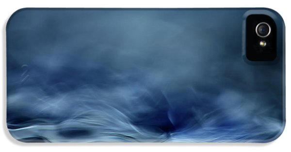 Flow iPhone 5s Case - Blue Fantasy by Willy Marthinussen