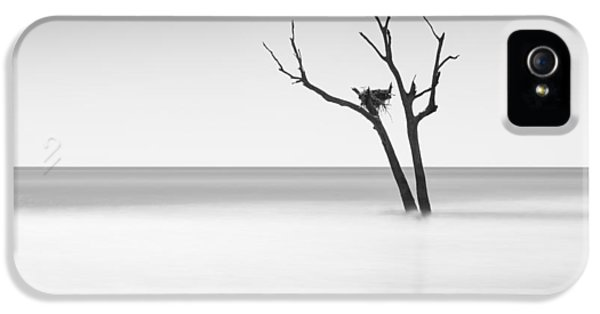 Boneyard Beach - II IPhone 5s Case by Ivo Kerssemakers