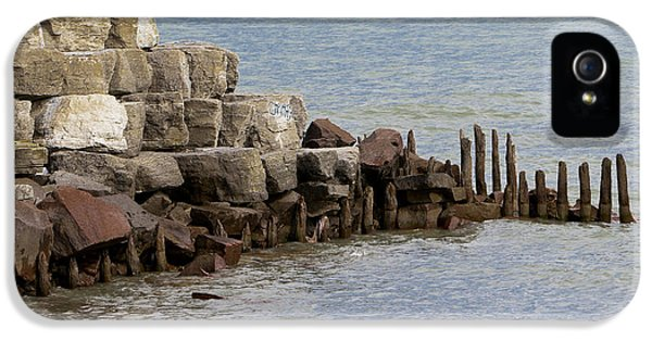 IPhone 5s Case featuring the photograph Breakwater by Ricky L Jones