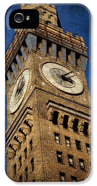 Oriole iPhone 5s Case - Bromo Seltzer Tower No 3 by Stephen Stookey