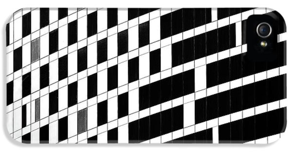 Facade iPhone 5s Case - Business Facade by Hans-wolfgang Hawerkamp