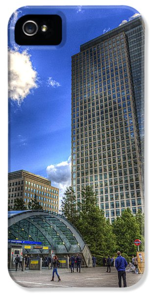 Canary Wharf Station London IPhone 5s Case by David Pyatt