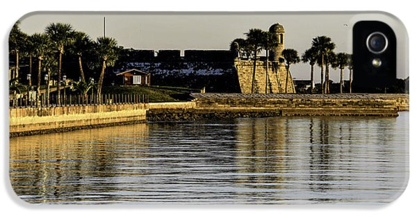 IPhone 5s Case featuring the photograph Castillo De San Marcos by Anthony Baatz