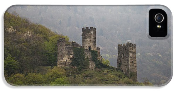 Castle In The Mountains. IPhone 5s Case