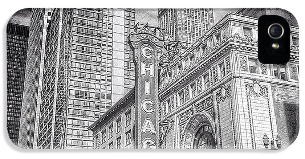 City iPhone 5s Case - #chicago #chicagogram #chicagotheatre by Paul Velgos