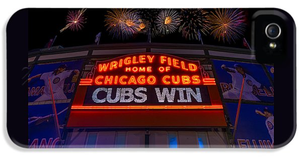 Chicago Cubs iPhone 5s Case - Chicago Cubs Win Fireworks Night by Steve Gadomski
