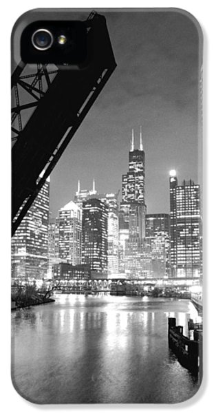 Chicago Skyline - Black And White Sears Tower IPhone 5s Case by Horsch Gallery