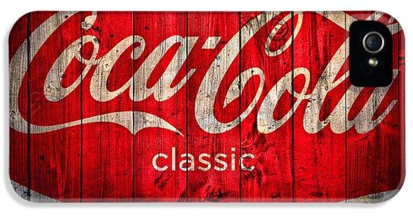 Nostalgia iPhone 5s Case - Coca Cola Barn by Dan Sproul