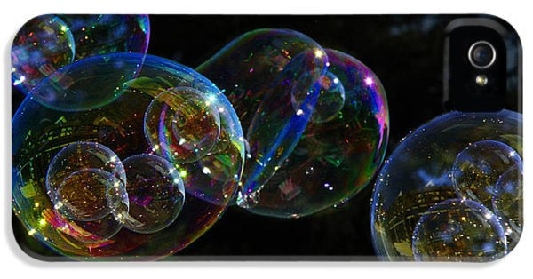 Dark Bubbles With Babies IPhone 5s Case by Nareeta Martin