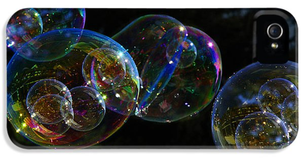 IPhone 5s Case featuring the photograph Dark Bubbles With Babies by Nareeta Martin