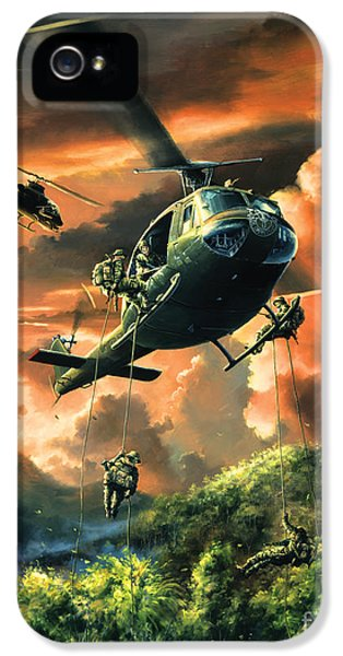 Helicopter iPhone 5s Case - Descent Into The A Shau Valley by Randy Green