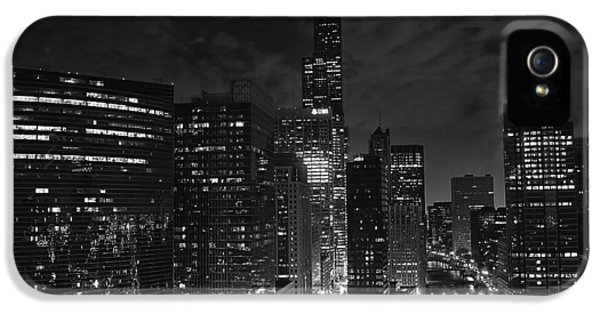 Downtown Chicago At Night IPhone 5s Case by Ricky L Jones