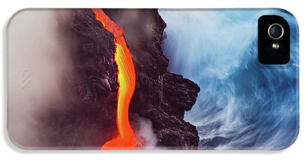 Flow iPhone 5s Case - Elements Of Nature by Andrew J. Lee