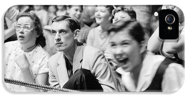 Fans Reacting To Elvis Presley Performing 1956 IPhone 5s Case