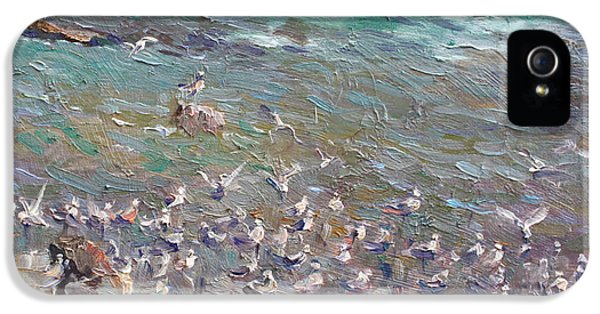 Seagull iPhone 5s Case - Fishing Time by Ylli Haruni