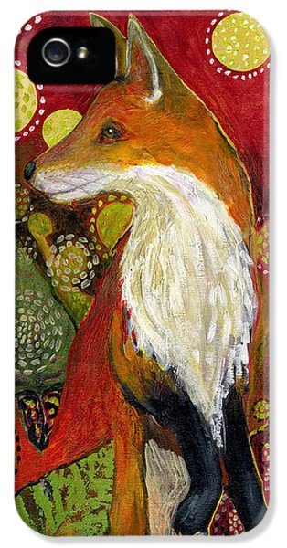 Wildlife iPhone 5s Case - Fox Listens by Jennifer Lommers