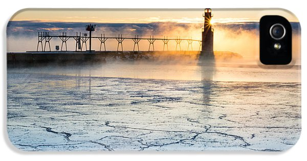 Frigid Sunrise Fog  IPhone 5s Case