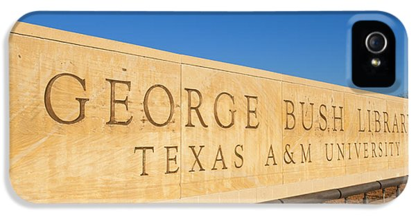 George Bush iPhone 5s Case - George H. Bush Library, Texas by Bill Bachmann