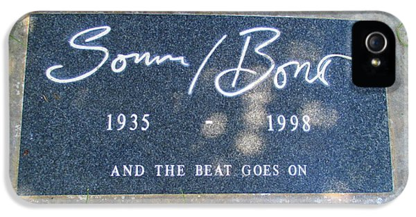 Sonny iPhone 5s Case - Grave Of Sonny Bono by Randall Weidner