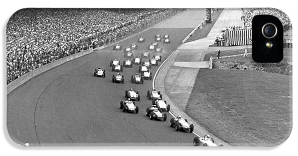 1950s iPhone 5s Case - Indy 500 Race Start by Underwood Archives