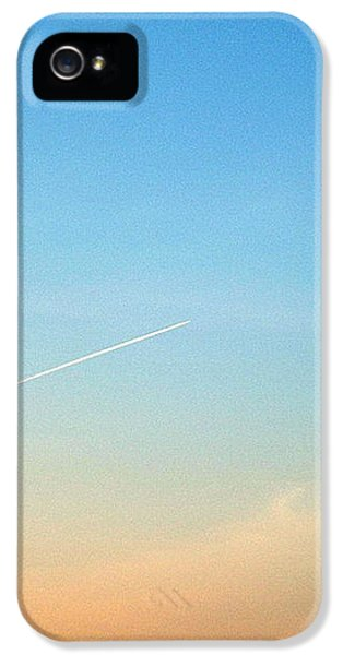 IPhone 5s Case featuring the photograph Jet To Sky by Marc Philippe Joly